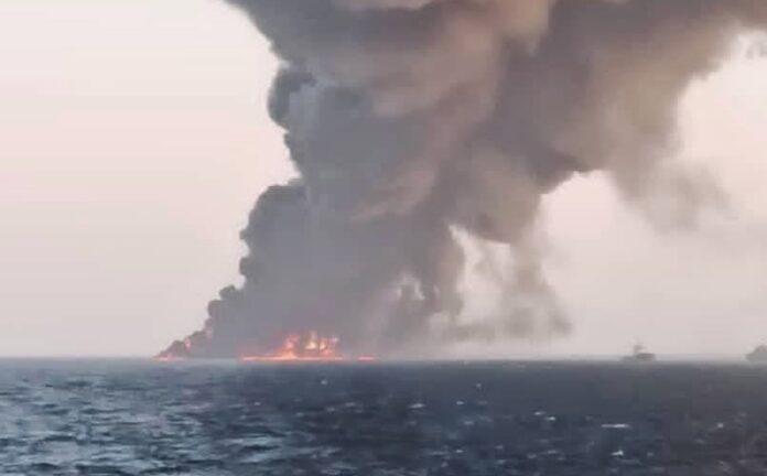 Пожар кораб
