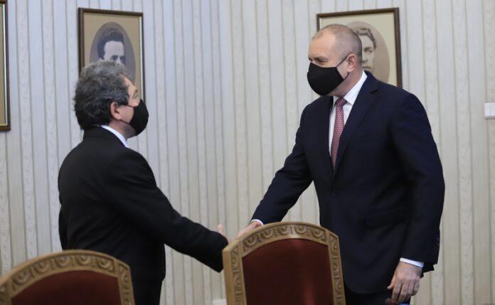 връчване мандат консултации Румен Радев