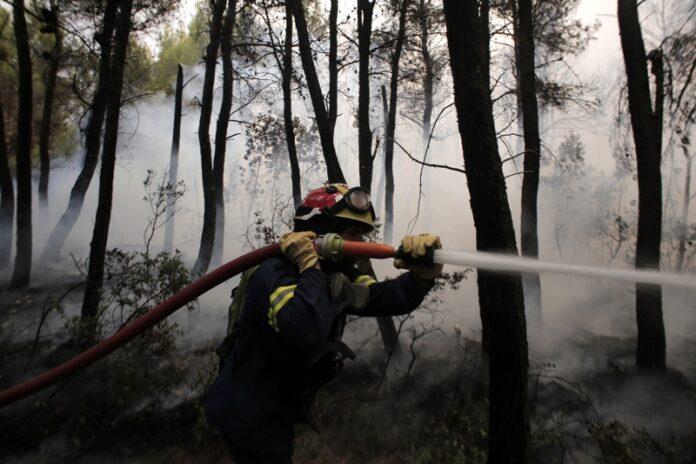 пожари Гърция