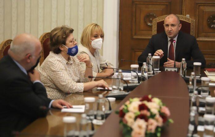 Мая Манолова, Дончева, Румен Радев